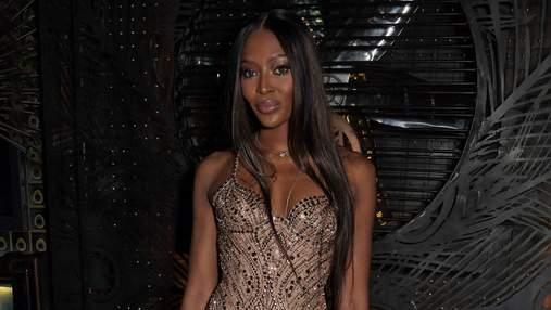 48-летняя Наоми Кэмпбелл в роскошном платье с 25-летним бойфрендом посетила светское мероприятие