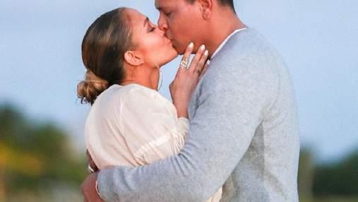 Появились первые фото помолвки Дженнифер Лопес и Алекса Родригеса