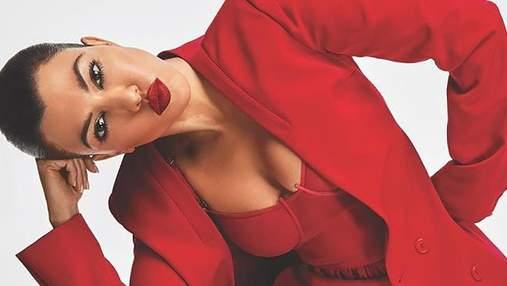 В прозрачном платье и соблазнительном костюме: Кортни Кардашян украсила известный глянец