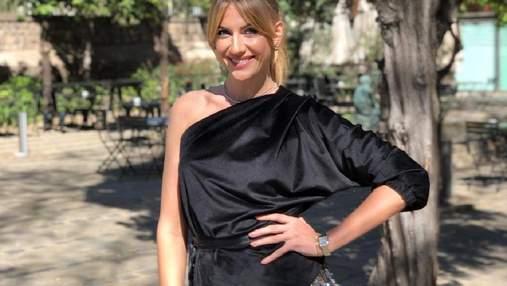 В прозрачных штанах: Леся Никитюк показала ягодицы на фото