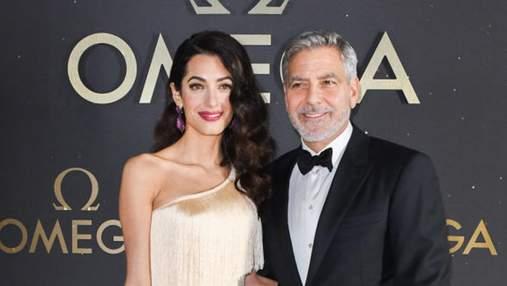 Амаль Клуни вышла в свет в платье в стиле 1920-х: потрясающее фото