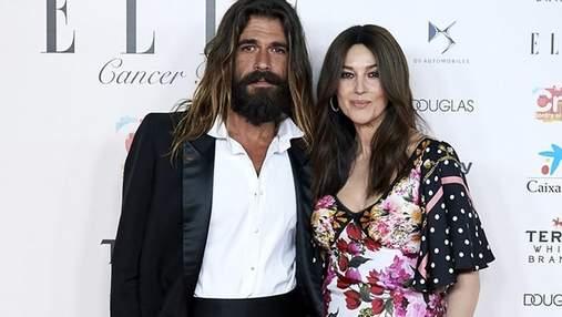 Всюди разом: Моніка Беллуччі та її коханий Ніколас Лефевр прийшли на благодійний вечір