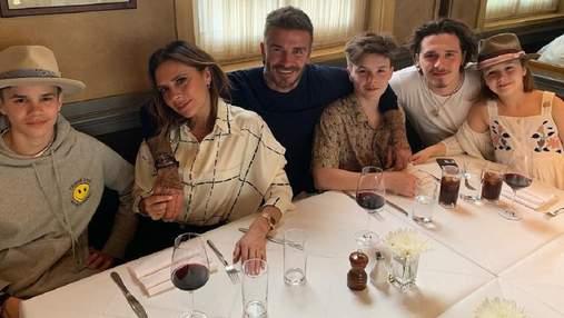 Виктория Бекхэм с семьей в полном составе отдыхают в Майами: фото