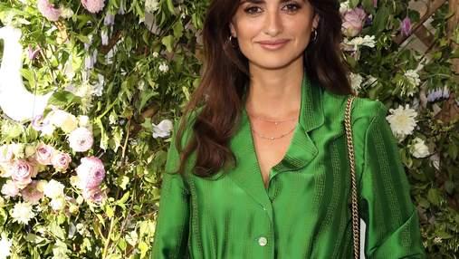 В комбинезоне травяного цвета: Пенелопа Крус посетила публичное мероприятие в Лондоне – фото
