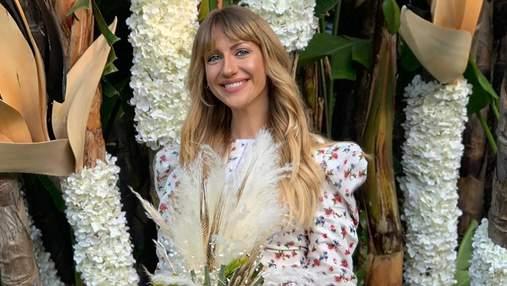 Леся Никитюк поймала букет на свадьбе Регины Тодоренко: смешное видео