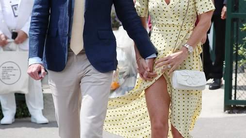 В желтом платье с запахом: стильный выход Пиппы Миддлтон в Уимблдоне