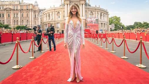 Лесю Никитюк раскритиковали за ее образ на Одесском кинофестивале: откровенные фото