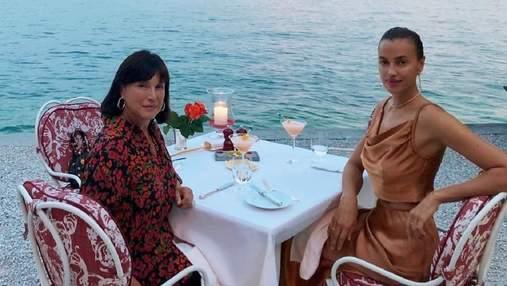 Ирина Шейк показала свою маму на совместном отдыхе в Италии: фото