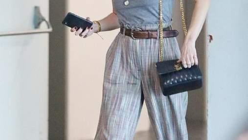 Без білизни і макіяжу: Ембер Хьорд показала casual-образ у Лос-Анджелесі