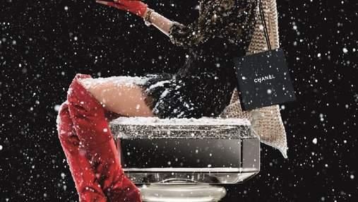 Лили-Роуз Депп снялась в рождественском кампейне Chanel: видео