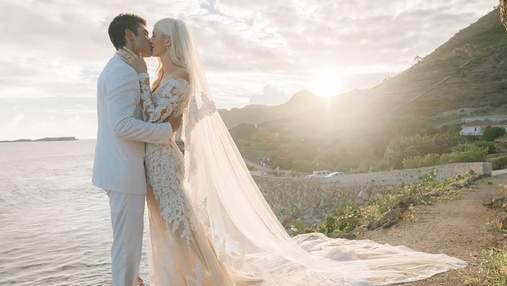 """""""Ангел"""" Victoria's Secret Девон Виндзор вышла замуж: появились роскошные фото с церемонии"""