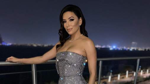 Єва Лонгорія приголомшила розкішним вбранням в ОАЕ: фото