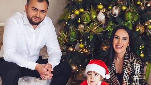 От Лилии Ребрик до Джамалы: новогодние фото украинских звезд с детьми