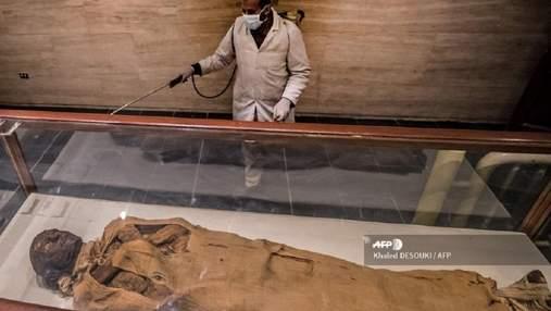 Через коронавірус в Єгипті дезінфікують піраміди і музеї: фото