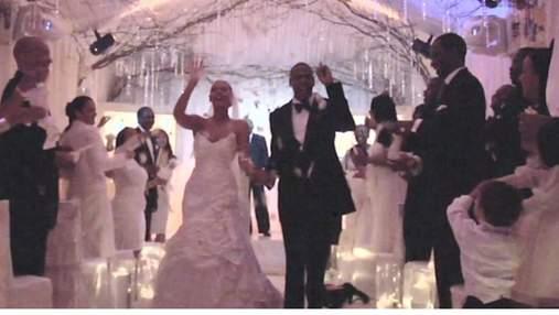Бейонсе и Jay-Z празднуют 12 годовщину брака: мама певицы показала радостное фото со свадьбы