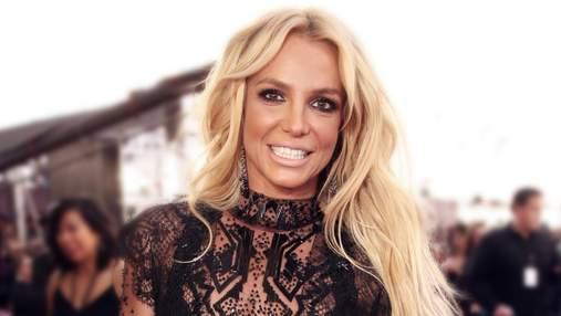 Бритни Спирс раздражает фанатов своими танцами: видео