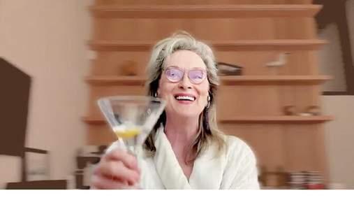 Видеоролик с Мерил Стрип, которая пьет из бутылки крепкий алкоголь, стал вирусным