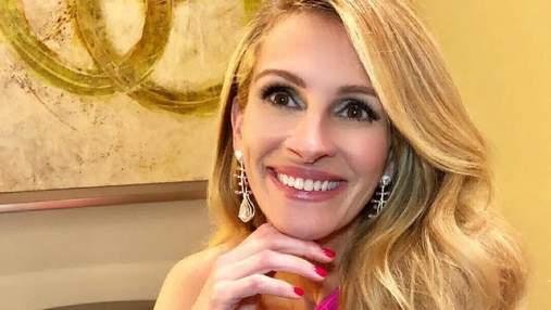 Джулія Робертс одягнула свою найкращу сукню та уявила, що вона на Met Gala