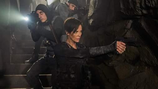 Шарлиз Терон стала бессмертным воином в новом фильме Netflix: захватывающие фото и трейлер