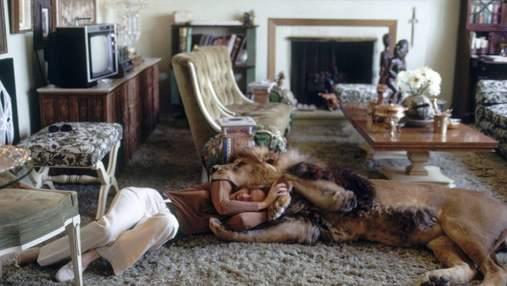 90-летняя бабушка Дакоты Джонсон живет с тиграми и львами: фото