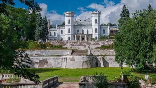 Місце десятків легенд: який неймовірний маєток варто відвідати туристам на Харківщині