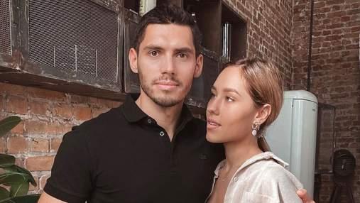 Никита Добрынин показал чувственное фото с женой