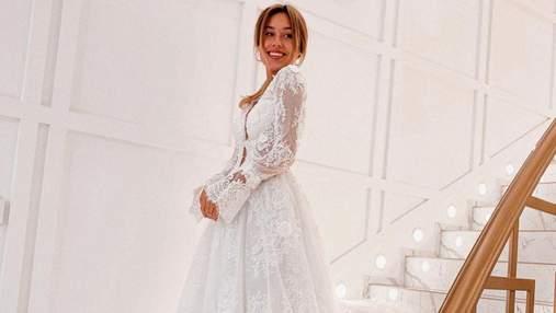 В свадебном платье: Даша Квиткова умилила сеть чувственным видео с мужем