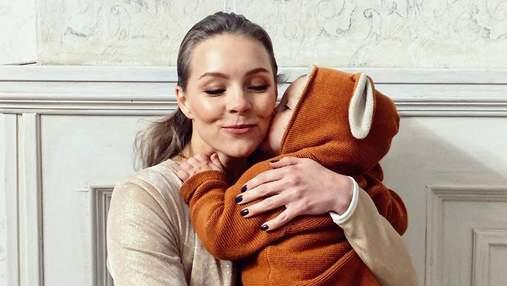 Алена Шоптенко рассказала, какие слова знает ее 2-летний сын: чувственное фото