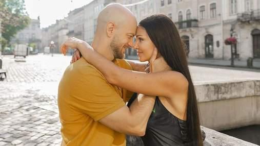 Кохання: Влад Яма зачарував мережу романтичними фото з дружиною