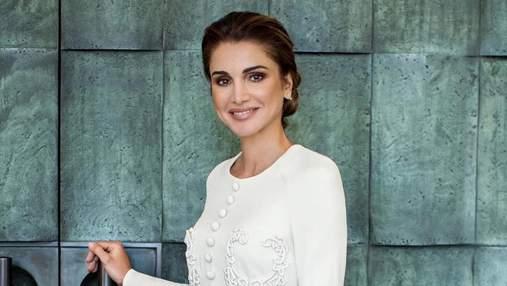 У білій сукні в колі рідних: королева Ранія показала, як відзначила 50-річчя