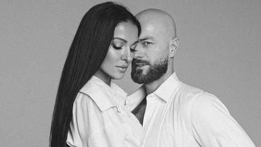 Влад Яма підкорив пристрасною фотосесією з дружиною: чуттєві кадри