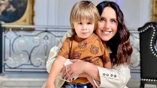 У дитячій кімнаті: Джамала поділилась сімейними фото та розповіла про материнство