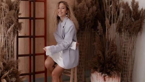 В платье с цветочным принтом: Даша Квиткова очаровала нежным образом – фото