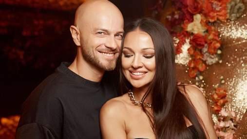 Влад Яма очаровал сеть чувственными фото с женой