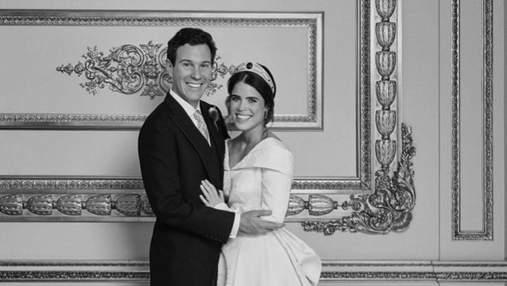 Дизайнер Зак Позен обнародовал фото второго свадебного платья принцессы Евгении: архивный кадр