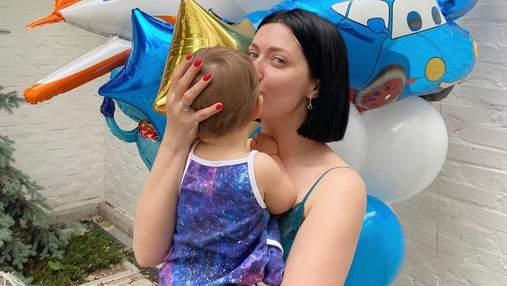 Снежана Бабкина очаровала сеть фотографией с маленьким сыном