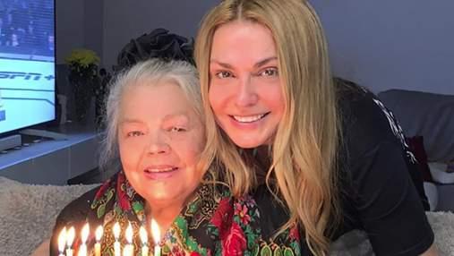 Ольга Сумская поздравила 87-летнюю маму с днем рождения: праздничное видео
