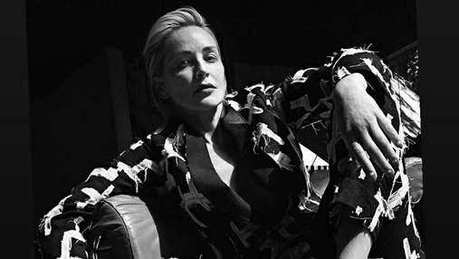 В платьях от премиальных брендов: безупречная Шэрон Стоун украсила обложку Vogue