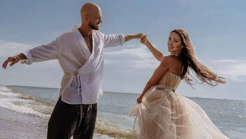 Влад Яма зачарував мережу романтичним фото з дружиною