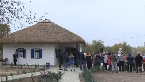 На Херсонщині відтворили садибу Остапа Вишні: унікальні фото