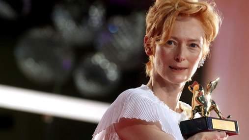 Обладательница Оскара Тильда Суинтон снялась для обложки украинского Vogue: фото