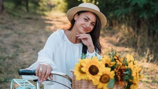 У стильному костюмі: Ілона Гвоздьова підкорила діловим образом – фото