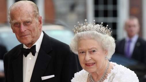 73 годовщина свадьбы Елизаветы II и принца Филиппа: новое фото королевской пары