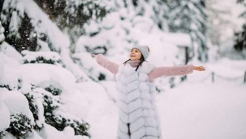У красивому вбранні серед засніженого лісу: Ілона Гвоздьова показала зимову казку – фото