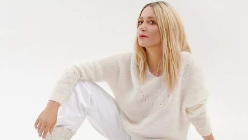Наталья Могилевская поразила смелым аутфитом в белом костюме и леопардовой шубе: фото