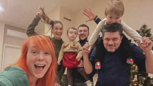 Светлана Тарабарова показала, как проводит вечер с друзьями: яркие фото