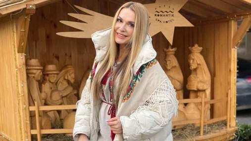 В вышиванке и с платком: Ольга Сумская очаровала сеть образом – фото
