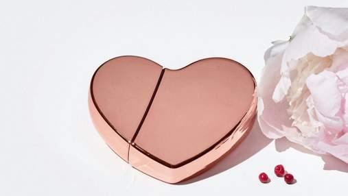 Металічні серця: Кім Кардашян поповнила власну парфумерну лінійку новими ароматами
