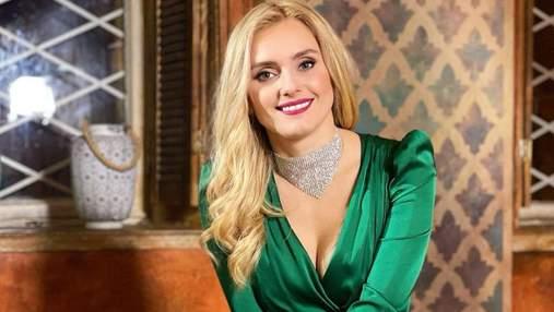В изумрудном платье: Ирина Федишин очаровала безупречным образом – фото