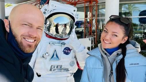 У музеї NASA: Влад Яма показав розваги з дружиною та сином в США – ефектне відео